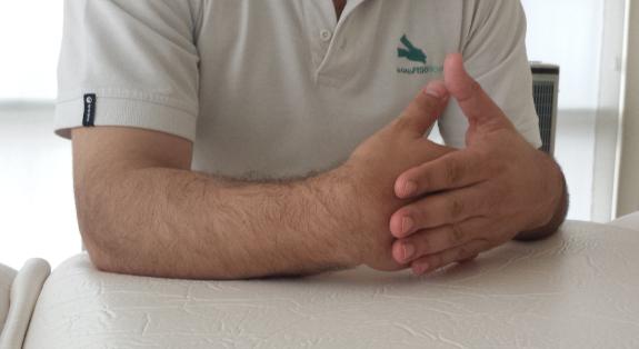 Los masajes mejoran el movimiento de las articulaciones