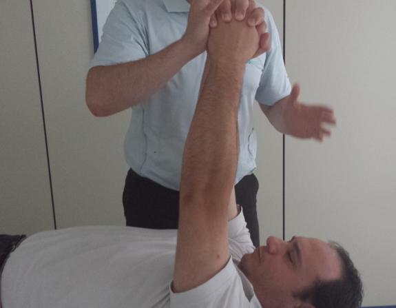 Los ejercicios fisioterapéuticos rutinarios permiten luchar contra los síntomas del Parkinson
