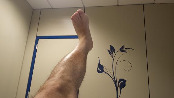 Los ejercicios de rehabilitación tras un ictus de convierten en una rutina.