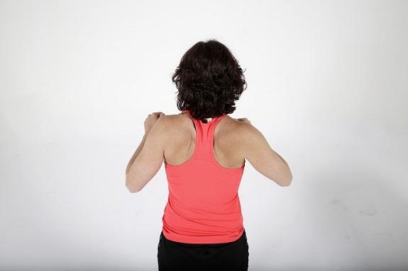Ejercicios de brazos para personas con esclerosis múltiple